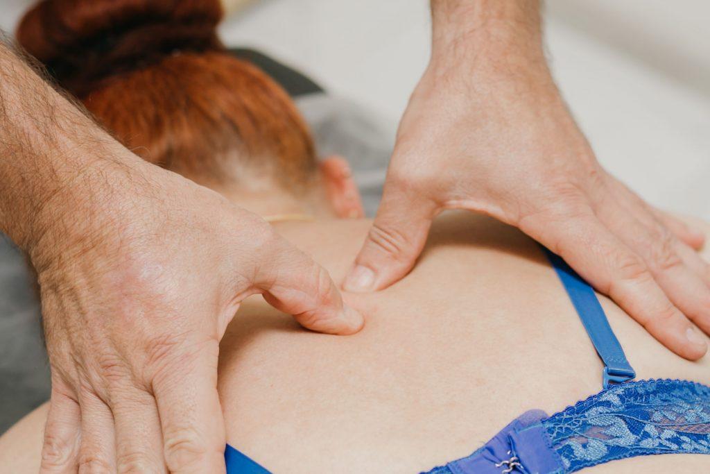 Мануальная терапия шейного отдела позвоночника