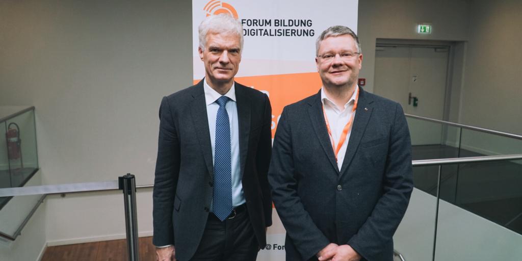 Prof. Andreas Schleicher im Gespräch mit Marcus Ventzke bei der EduCouch