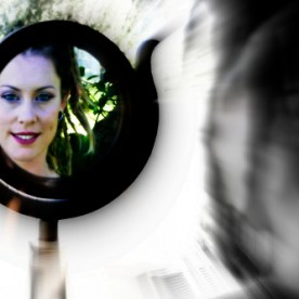 The Mirror of Truth : Hollie B.