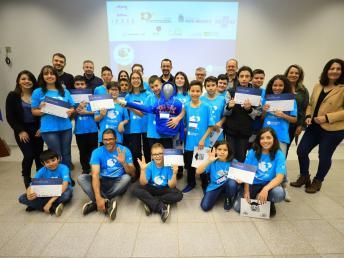Jovens dos laboratórios Include concluem formação empreendedora do Sebrae/PR.