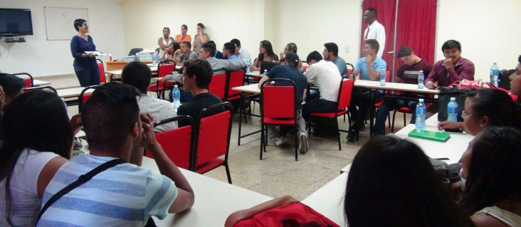 colectivo en aulas 2