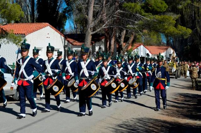 senora-de-la-merced-patrona-y-generala-del-ejercito-argentino-4