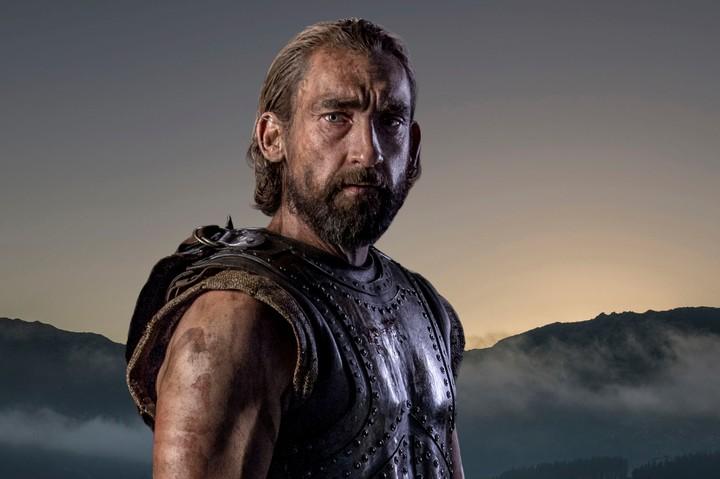 Joseph Mawle como Odisseu em Troia: A Queda de uma Cidade