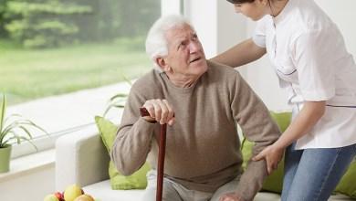 Os cuidados na hora da alimentação do portador da Doença de Alzheimer