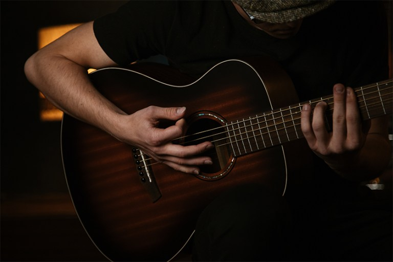 Excellence way to play the Bb Chord on guitar