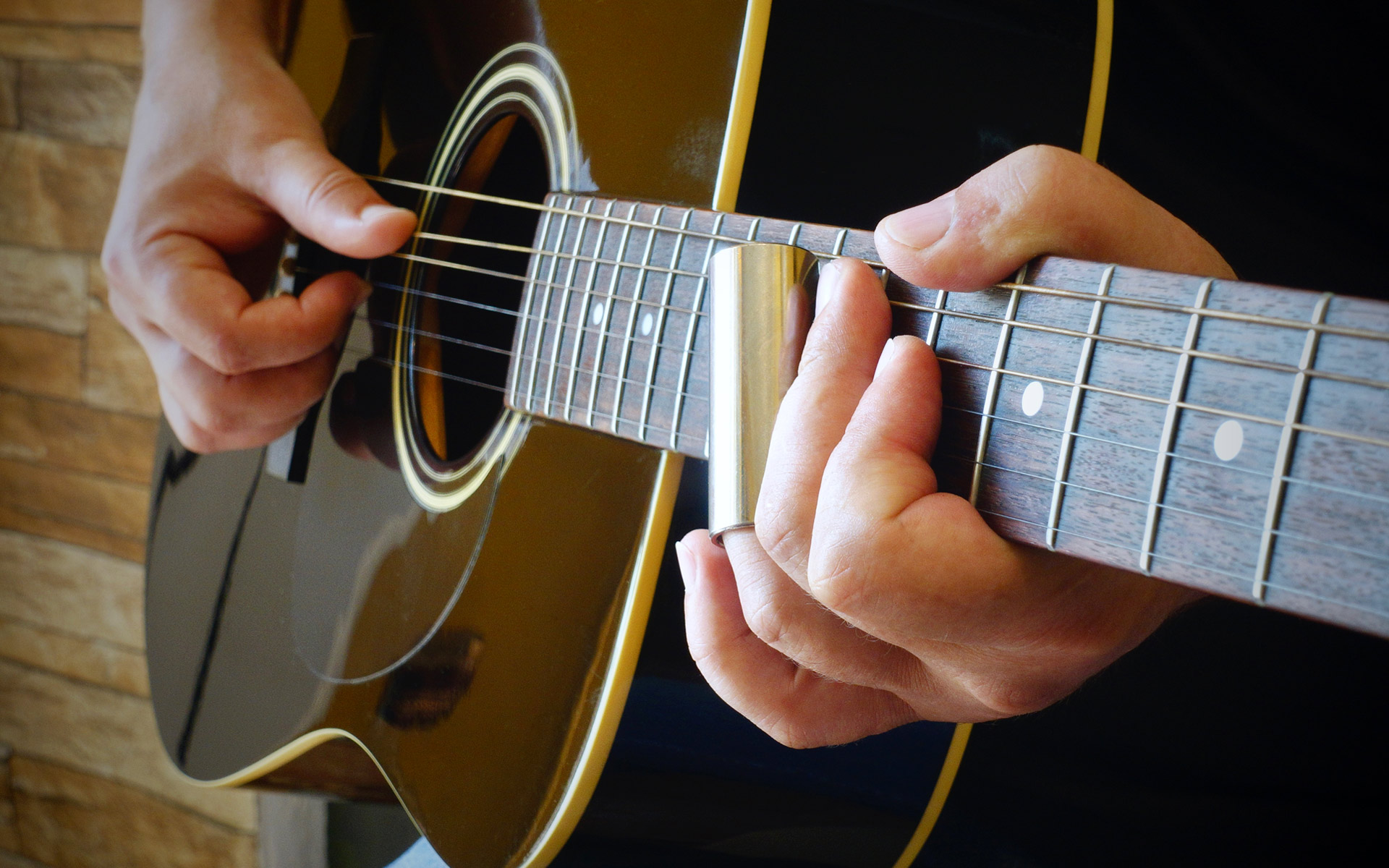 How to Easily Play the E Flat chord (Eb) on Guitar