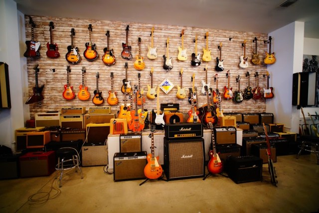 all about guitar brands