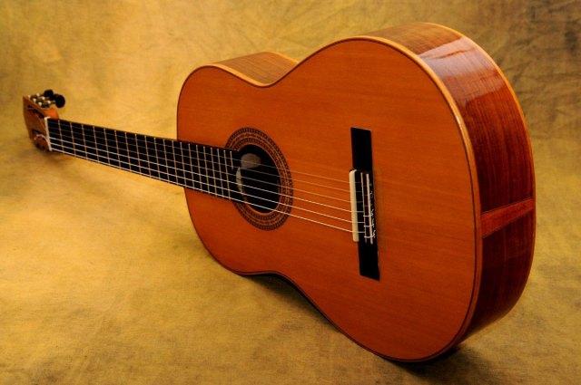 Las mejores 20 guitarras cl sicas baratas 2019 al mejor for Guitarras electricas baratas