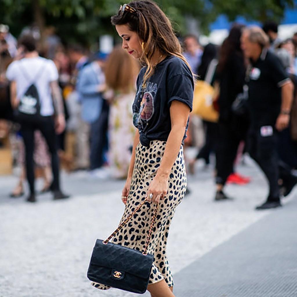 Esta cuenta de Instagram prueba que todas están usando una falda midi de leopardo