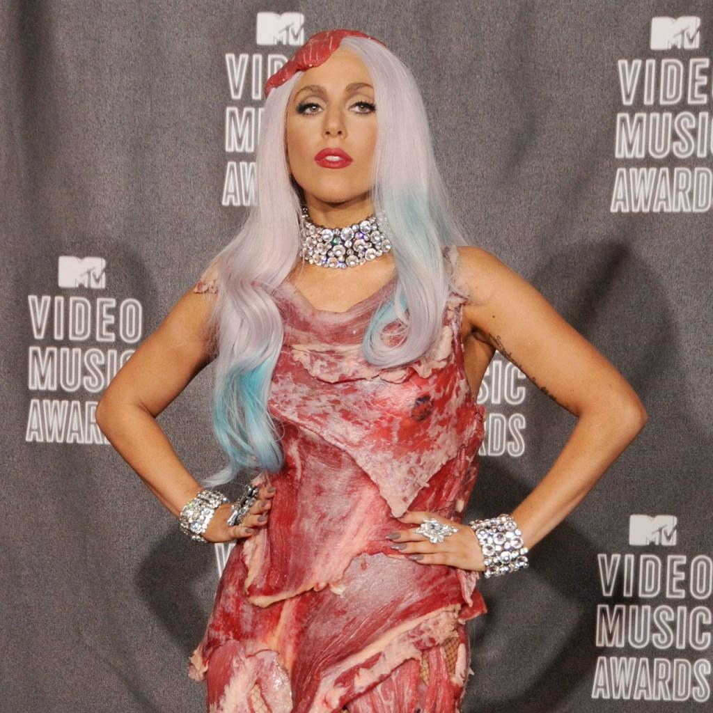 10 looks con los que Lady Gaga nos enseñó qué es camp