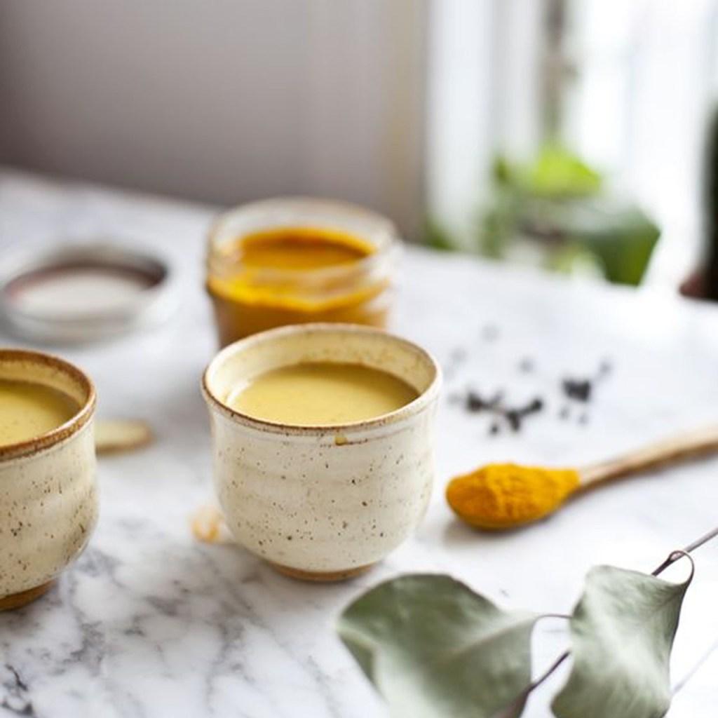 ¿Cómo preparar una golden milk perfecta?