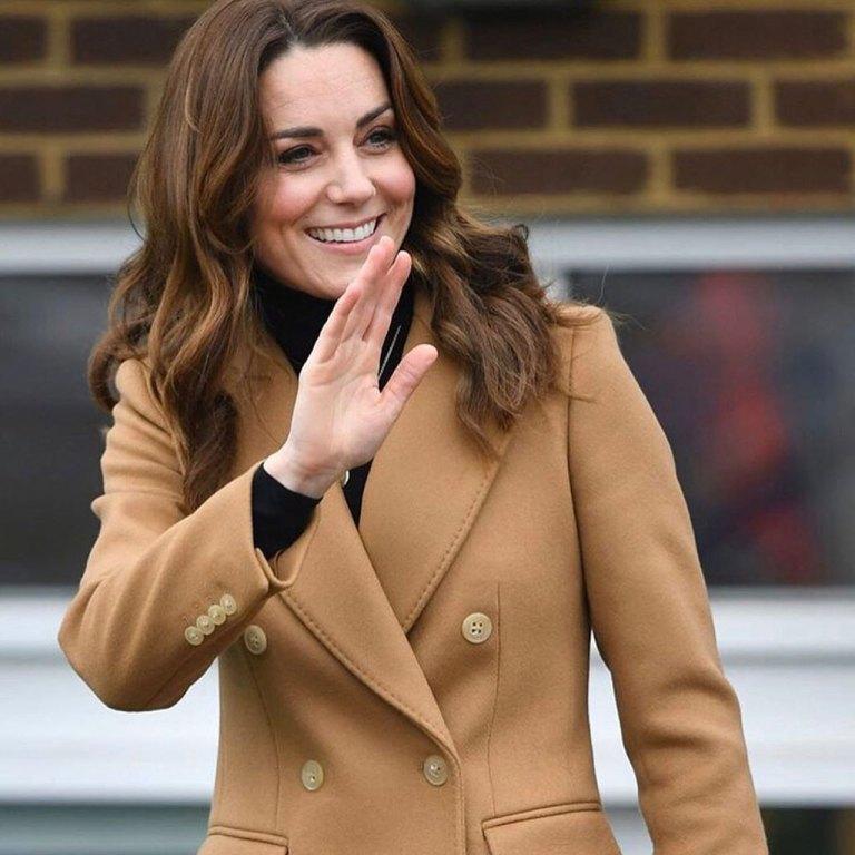 Kate Middleton usó la falda más cool de leopardo (y es de Zara, again)