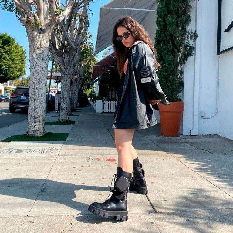 Las botas (favoritas de Rosalía) que vienen a sustituir a los sneakers