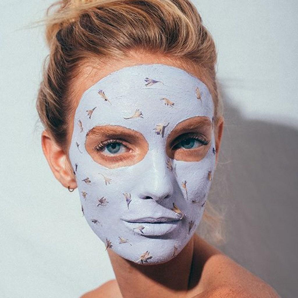 Esta rutina mantendrá limpia tu cara para prevenir el Coronavirus