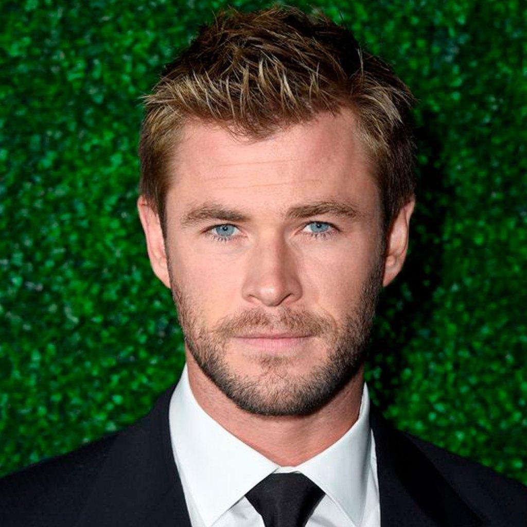 Así es como Chris Hemsworth hace sus rutinas con cosas de la lavandería