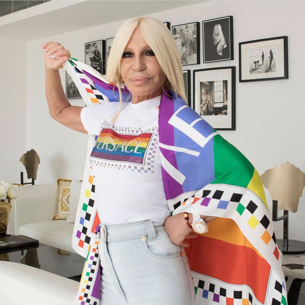 Tienes que ver la nueva colección cápsula Versace X Pride 2020