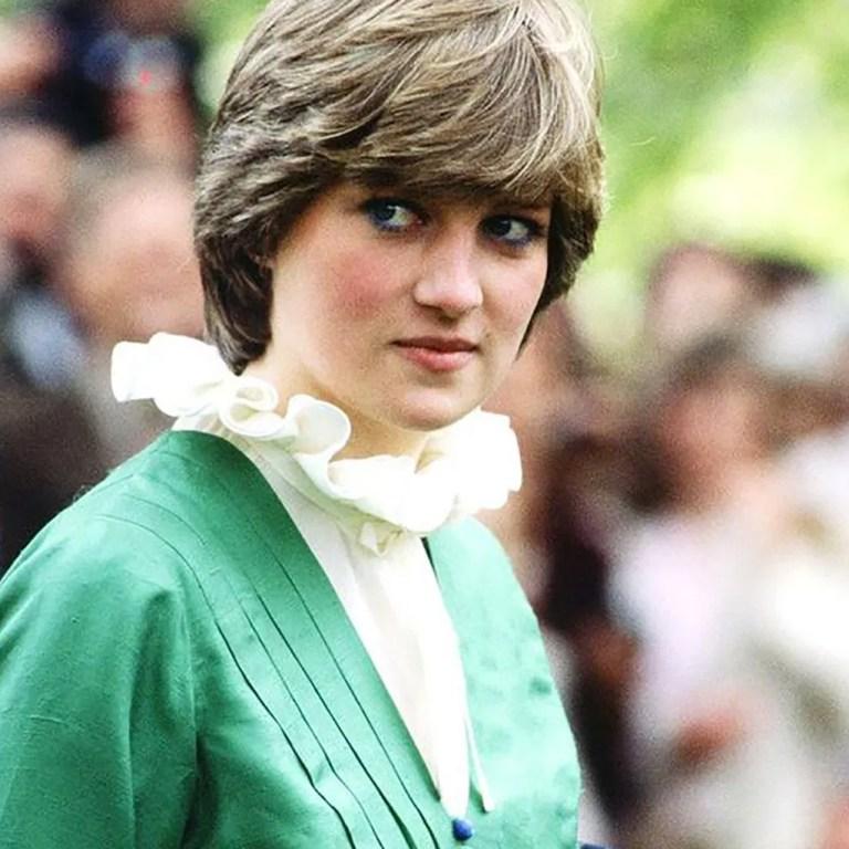La camisa favorita de la princesa Diana está trending este verano
