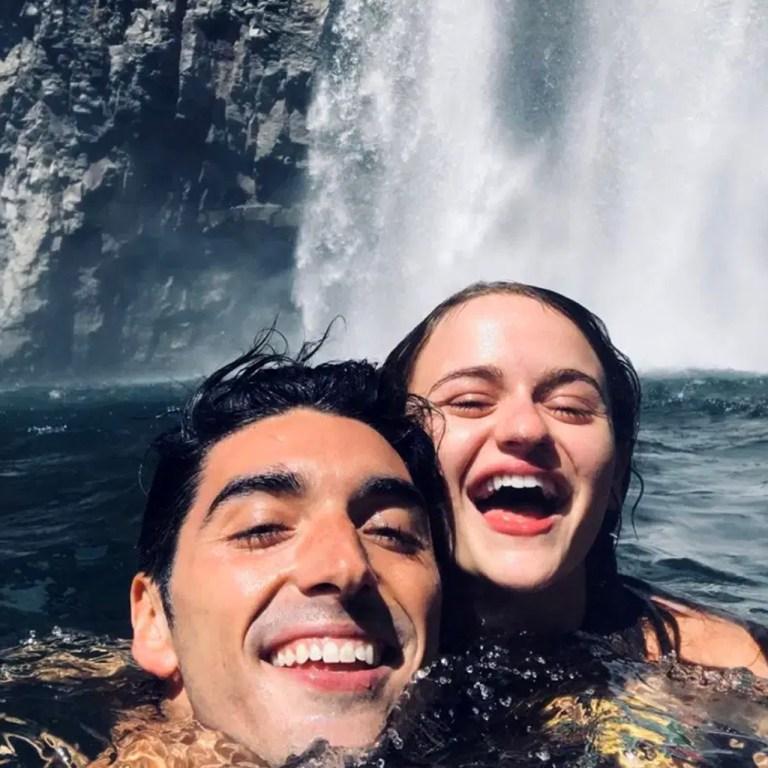 Joey King y Taylor Zakhar están de vacaciones, ¿juntos?