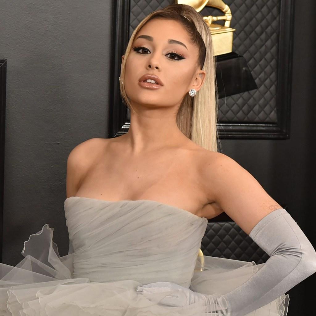 Ariana Grande prometió lanzar un nuevo álbum este mes