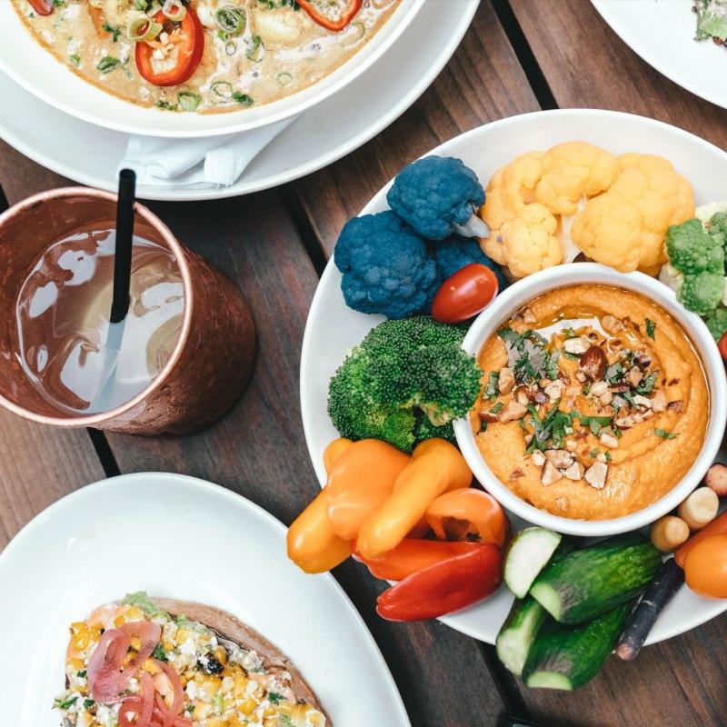 La dieta mediterránea nunca pasa de moda por esta simple razón