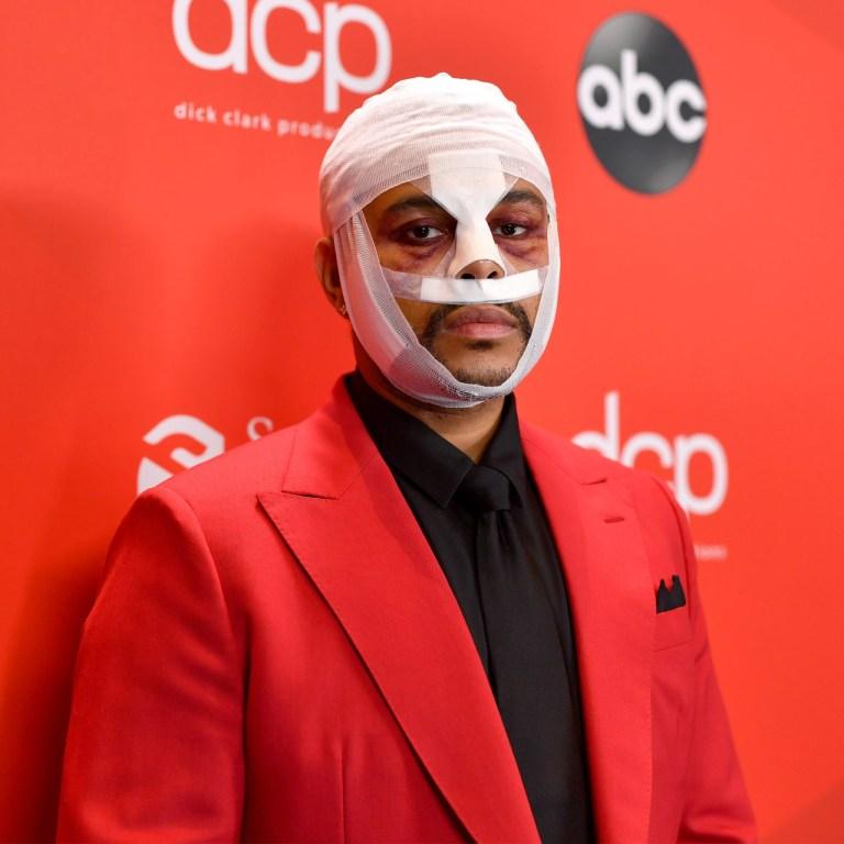 ¿Qué hay detrás de la cara vendada de The Weeknd en los AMA?