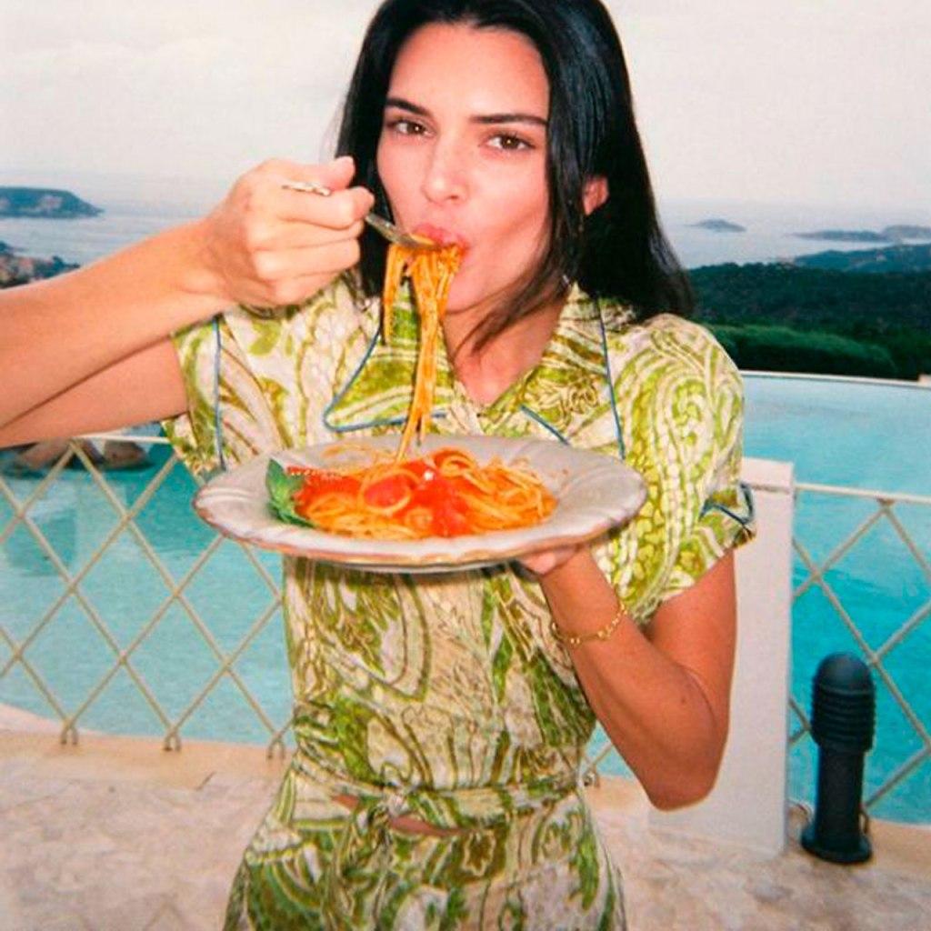 La especialidad de Kendall Jenner es esta receta de pasta con chícharos