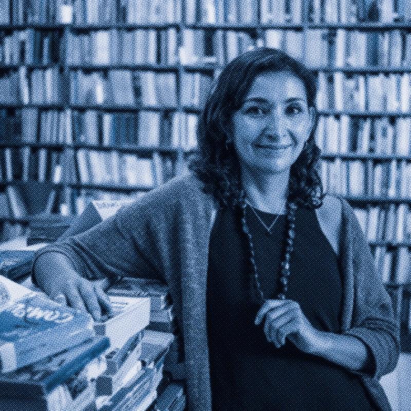 Librera, diseñadora y editora llega a #BadassWomen Selva Hernández