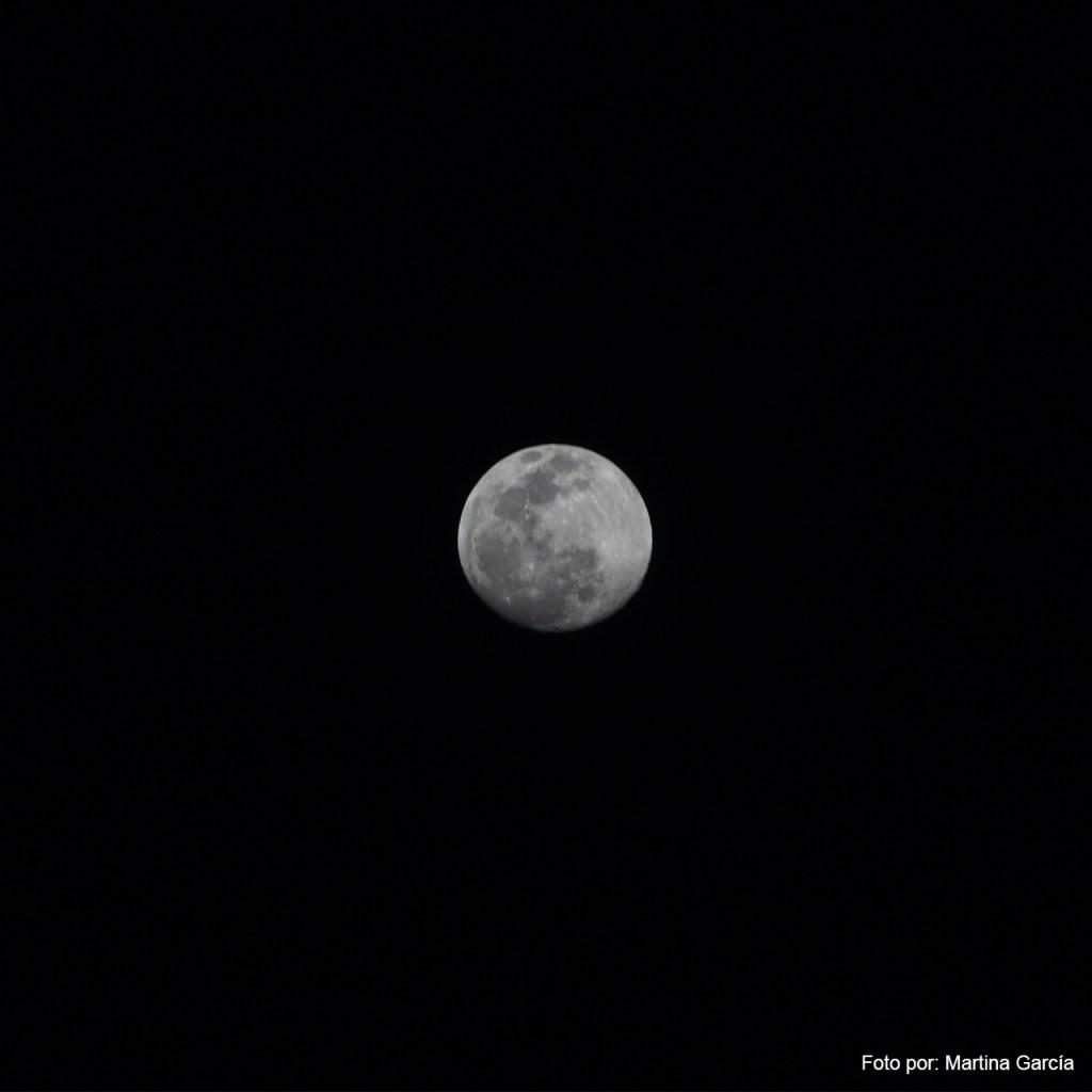Luna llena en abril: ¿Qué es la superluna rosa y cómo nos afecta?