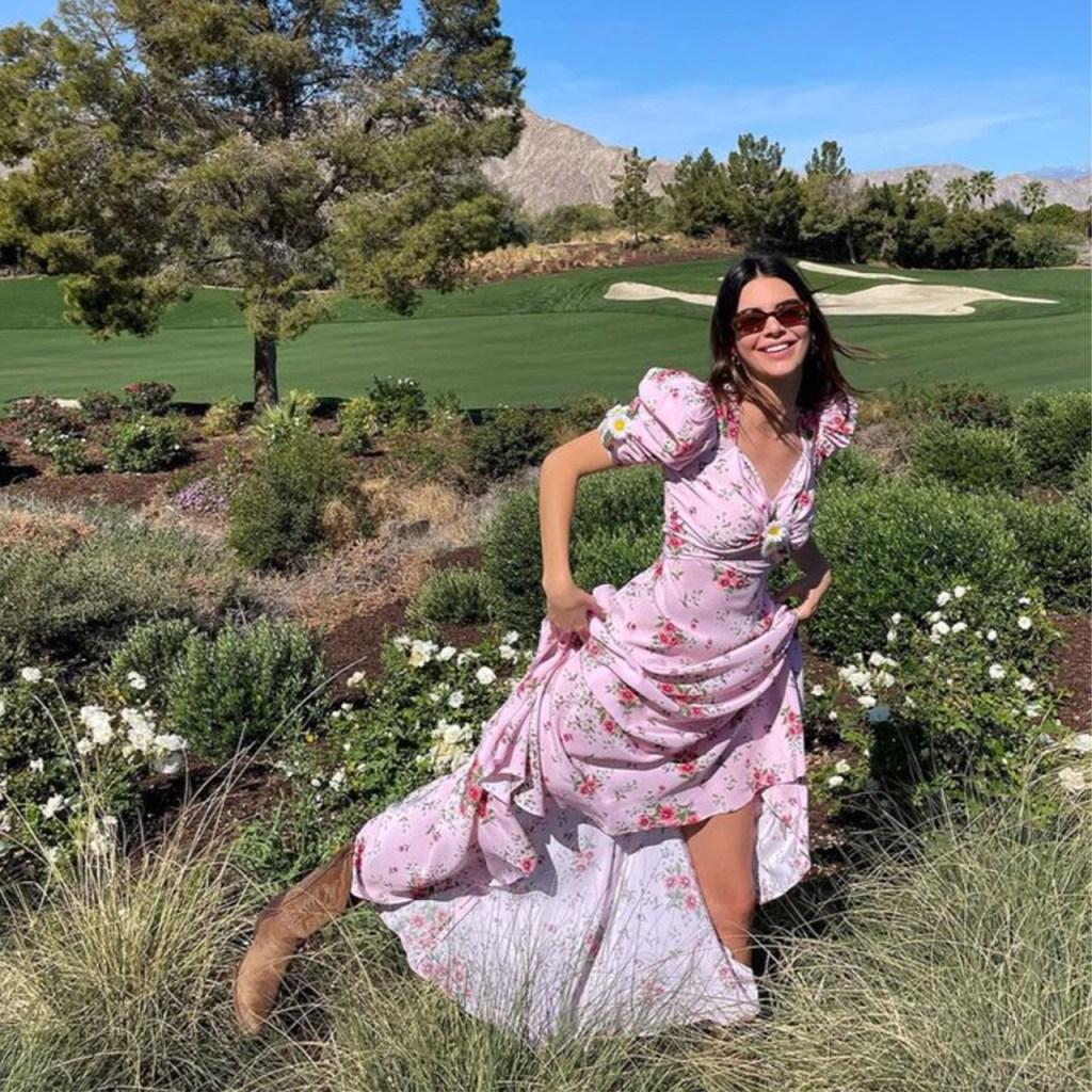 El vestido con flores que comparten Selena y Kendall es perfecto para esta primavera