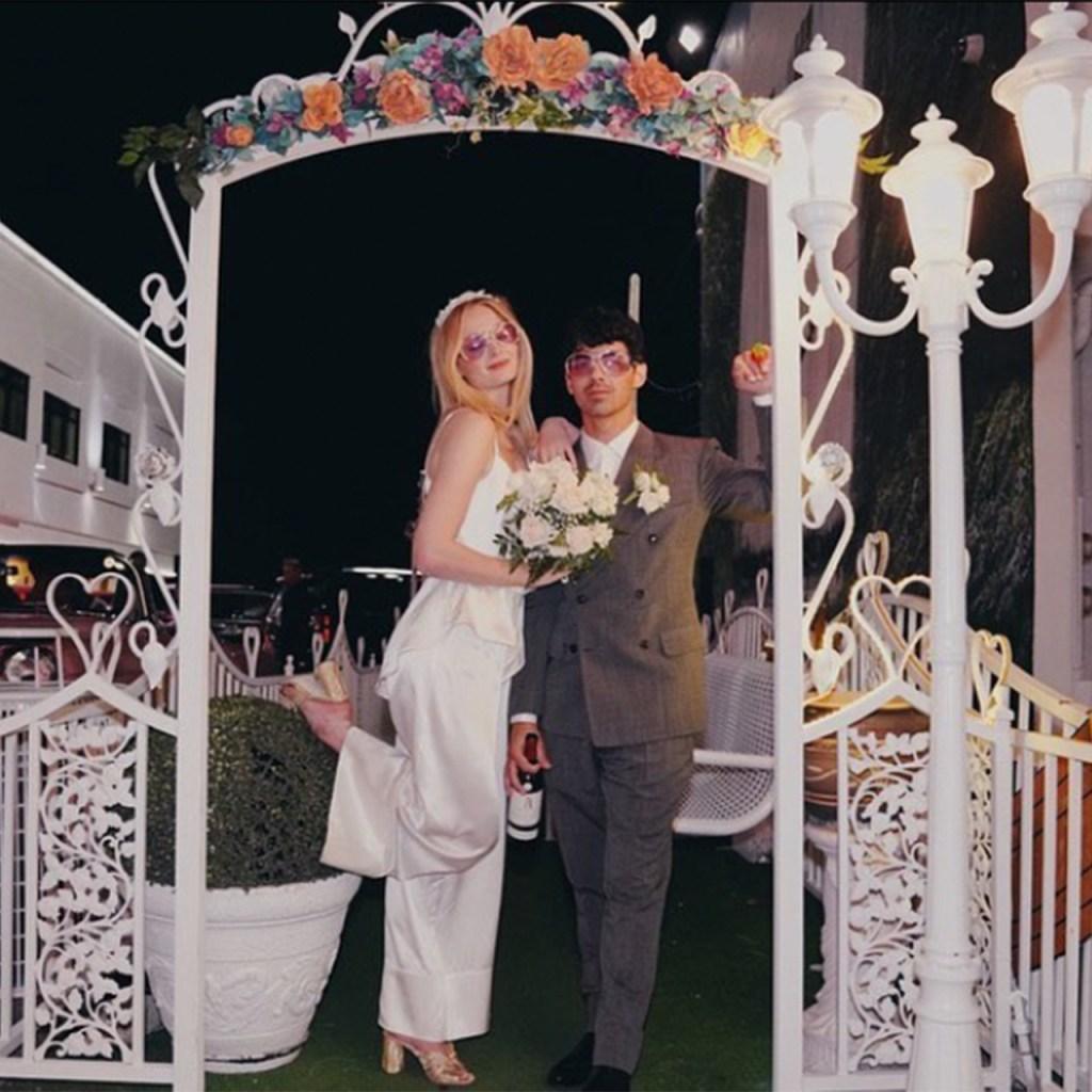 Joe Jonas y Sophie Turner, comparten fotos nunca antes vista  de su boda en Las Vegas