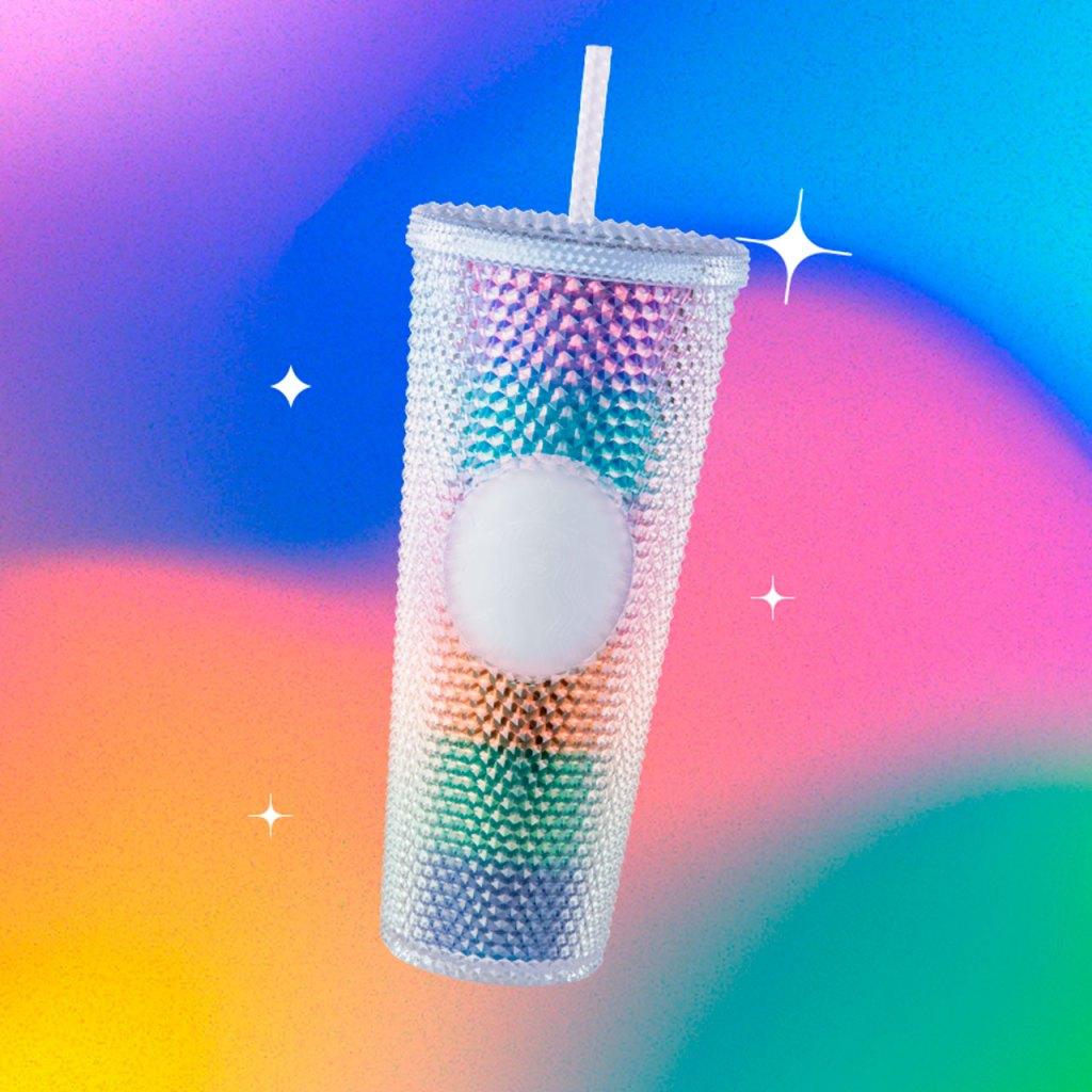 Hola vaso lleno de amor y color. Si eres miembro gold de Starbucks Rewards te tenemos buenas noticias