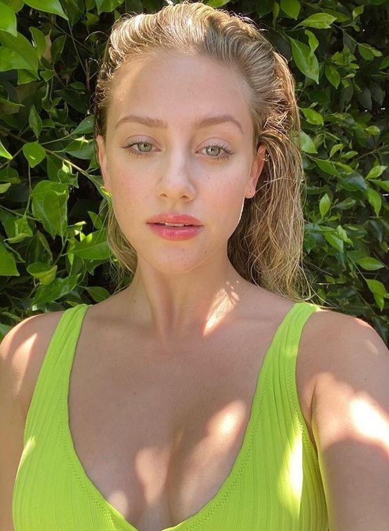 Lili Reinhart beauty look