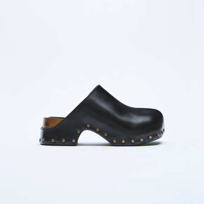 Ugly trends: clogs