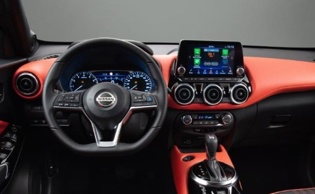 nissan juke in car tech driver assistance safety features