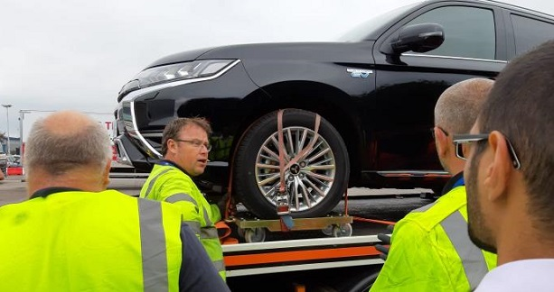 Allianz Equips Recovery Operators with Specialist EV ...