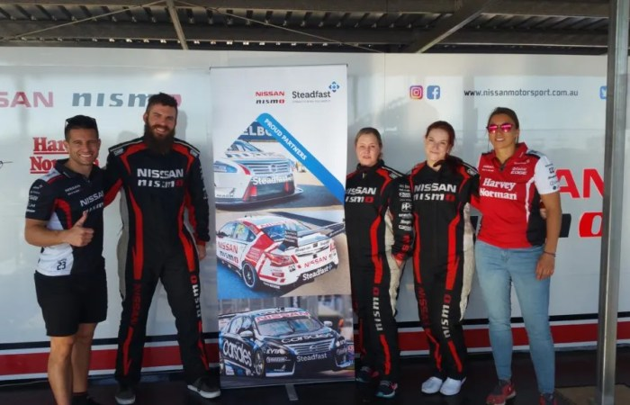 Insure 247 Team Drives With Nissan Race Team