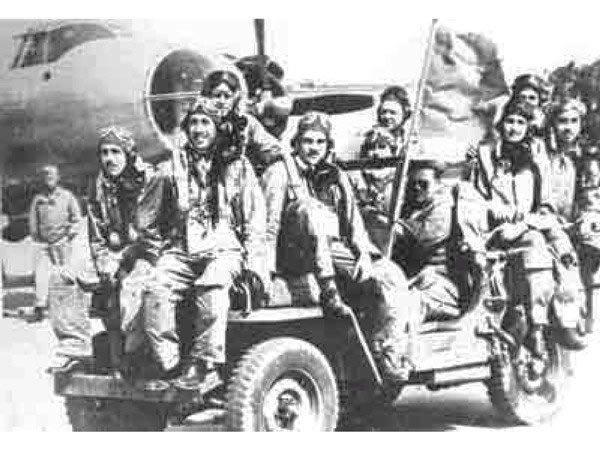 """Escuadrón 201 y su """"misión"""" post guerra"""
