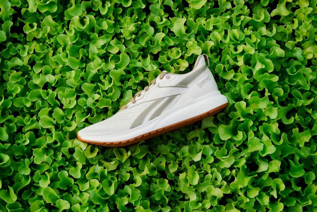 Explora Adidas venta de Reebok para paliar crisis económica en pandemia ?  InsurgentePress