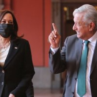 Desmiente portavoz de Kamala Harris versión sobre 'dejar trabajar a prensa y ONG´s' en México