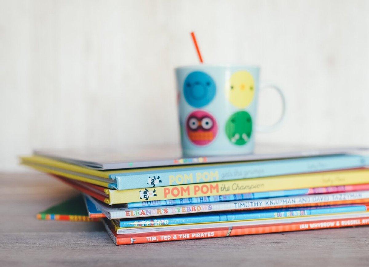 O que fazer nas férias escolares em casa - livros
