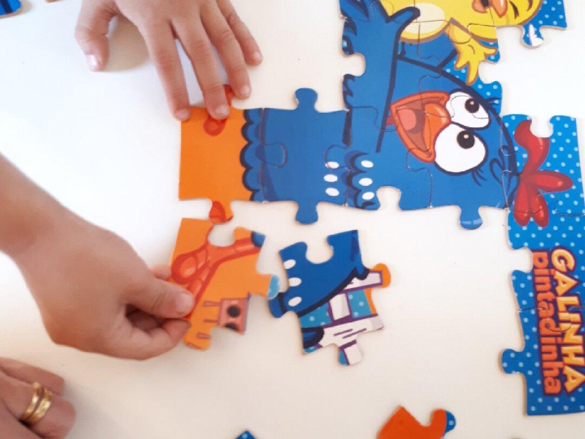 O que fazer nas férias escolares em casa - quebra-cabeça