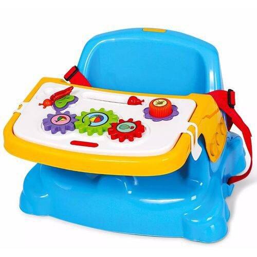 Utensílios para alimentação do bebê – cadeira encaixada na cadeira existente