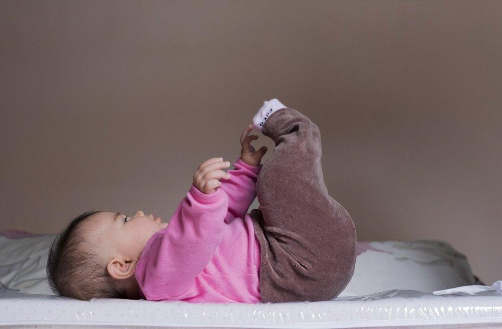 Estimulo infantil - quarto montessoriano