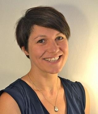 Dr Anna Hutchinson