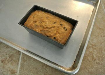 gluten-free-chocolate-chip-pumpkin-bread-unbaked