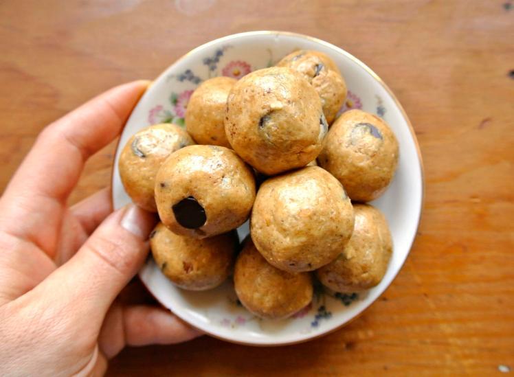 peanut-butter-protein-balls-3