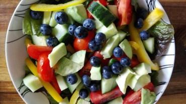 IIN - rainbow salad close up