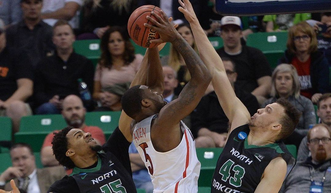 Kadeem Allen steadies jittery Wildcats in NCAA Tournament win over North Dakota