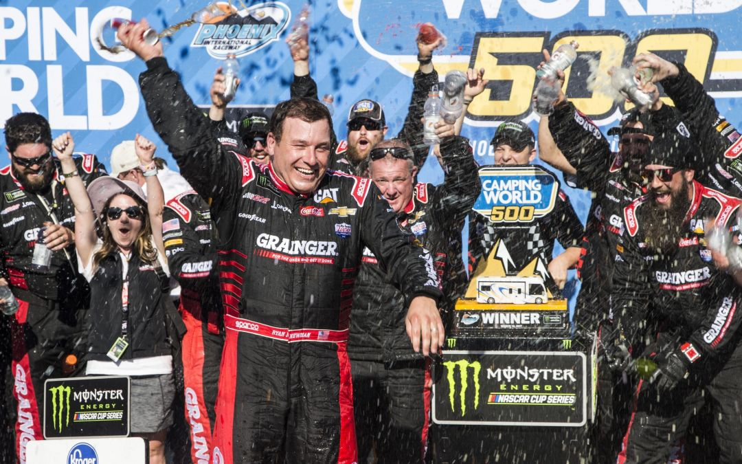 Ryan Newman drives Richard Childress to victory lane at Phoenix International Raceway