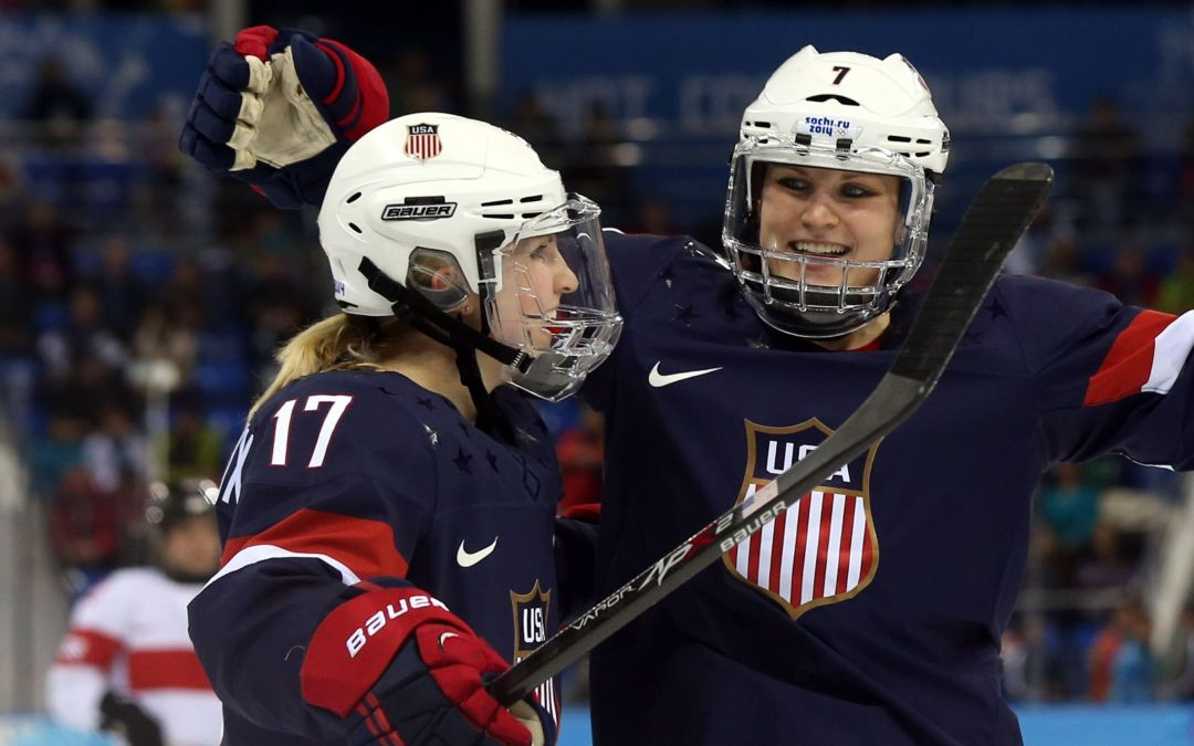 U.S. women agree to new deal with USA Hockey; will play at world championships